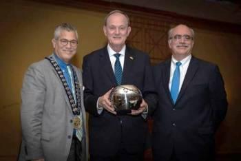 Sicredi recebe prêmio internacional