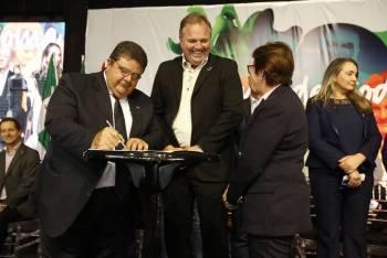 Sistema OCB assina acordo de cooperação