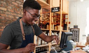 'Eu Coopero com a Economia Local' tem o apoio de 6 entidades