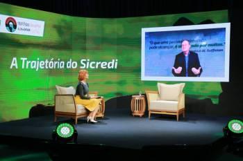 Sicredi destaca apoio das cooperativas de crédito à sociedade