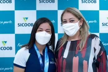 Ana Sátila é recebida em MT pela torcida Sicoob Rondon