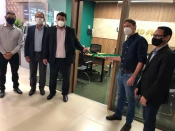 Unicred MT inaugura sala de negócios no Hospital Unimed